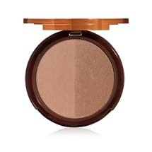 Our most popular, dual-toned bronzer is a silky combination of a rich, golden bronze and a classic bronze with a touch of pink undertone to achieve year round bronzed perfection that mimics a natural tan without any of the orangey ick! #TooFacedSummer