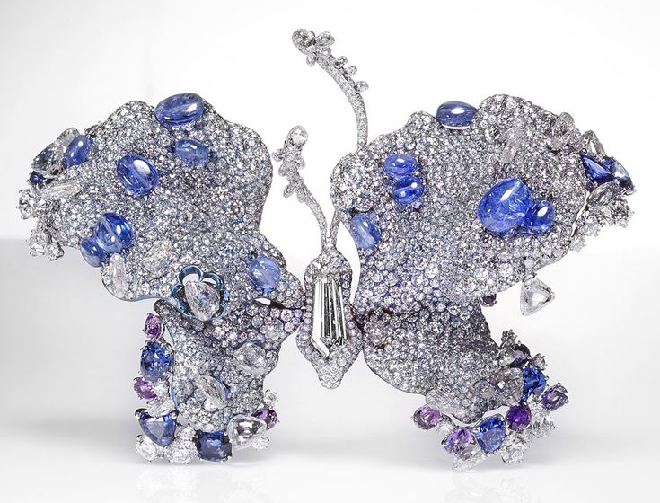 Cindy Chao 2012 Black Label Masterpiece butterfly brooch. Sold for $954,102, from an estimate of $206,035-$253,582.