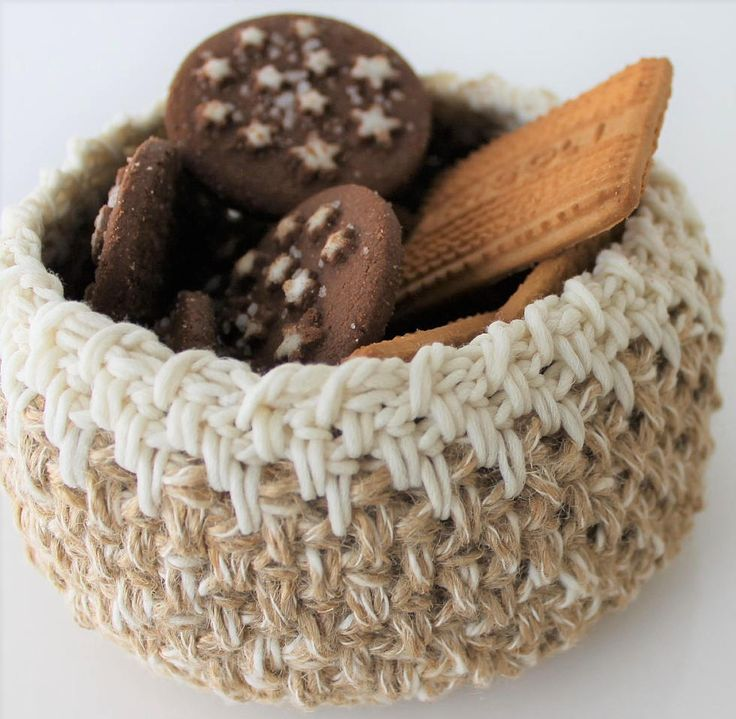 Cestino beige in juta portapane multiuso Arredamento cucina e sala pranzo Home decor Crochet Basket di AllegrettaHandmade su Etsy