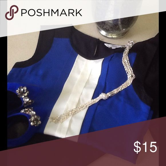 💙Gorgeous cap sleeve blouse very classy💙 💙Gorgeous cobalt blue white and black cap sleeve blouse💙bought in the UK size says 8P which would be a 2-4P USA💙selling because too tight for me across the chest💙 Debenhams Tops Blouses