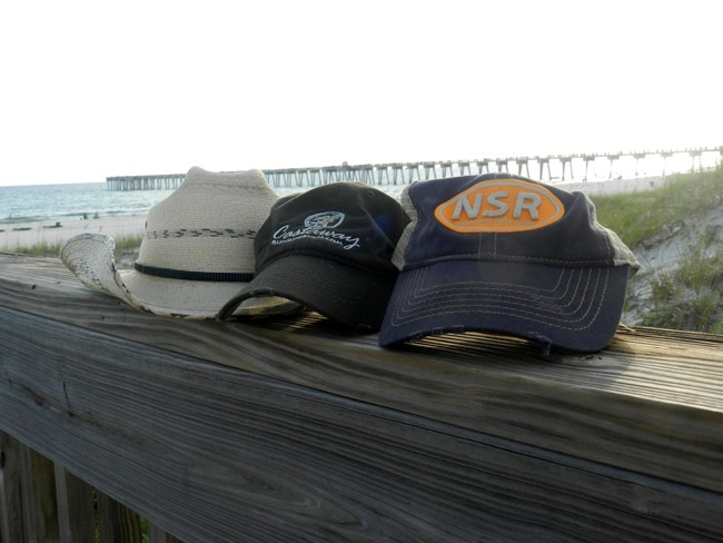 Great shot of a Castaway hat with a No Shoes Radio hat and a Chesney cowboy hat. Thanks Rusty!: Cowboys Hats, Great Shots, Shoes Radios, Radios Hats, Chesney Cowboys, Castaway Hats, Castaway Gears, No Shoes