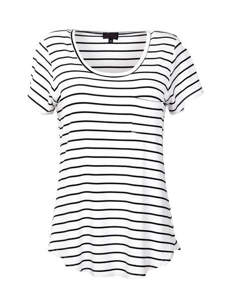 Breastfeeding T-Shirt | White with Black Stripe   #whitewithblackstripe #breastfeedingshirt #nursingtop #breastfeeedingclothes #breastfeedingtops #breastfeedingattire #breastfeedingoutfits #breastfeedingsupport  #breastfeedingstyle #workingmoms #breastfeedingmoms #nursingmoms #postpartumclothing #peachymama #Australia