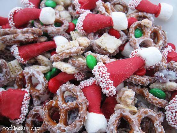 Cute Santa Hat Party Mix: Christmas Parties, Santa Snacks, Santa Hats, Hats Parties, Christmas Snacks, Snacks Mixed, Mason Jars, Parties Mixed, Chex Mixed