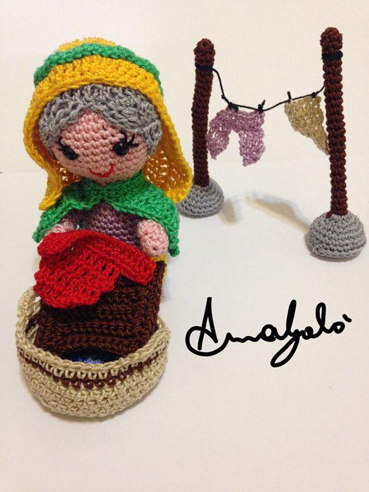 nativity 2015 latorredicotone - laundry girl