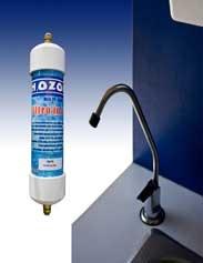 FILTRO BAJO TARJA DE ACERO INOXIDABLE  MOD. PF-5000    Ideal para usarse en la Cocina de cualquier Casa o Departamento, Oficina, Comedores o cualquier lugar donde se requiera de agua purificada.  Un solo cartucho da 420 garrafones de agua pura.