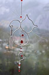X-Mas Cat: Gorgeous CHristmas Cat. Silver wire cat, beaded with glass ruby and clear crystal beads, silver chain and heart attached. This cat can be made with Copper wire too - Just please let me know what you would like and choose your bead colour too. xx www.facebook.com/coirninico