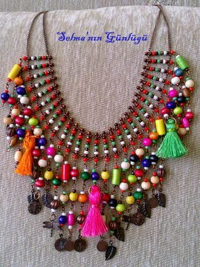 As you approach the summer, it is a beautiful rainbow necklace that contains all the colors of spring.