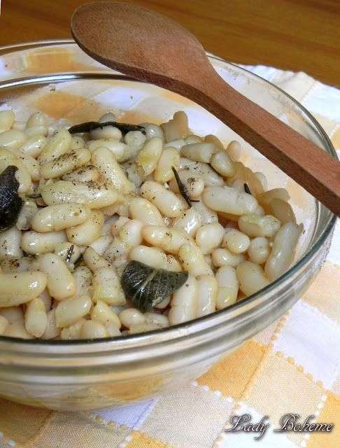 Fagioli al fiasco di tradizione toscana ..........  You can translate the recipe easily ,,,just left click over the words with your mouse till all the words turn blue,then right click your mouse and hit the translate to english...