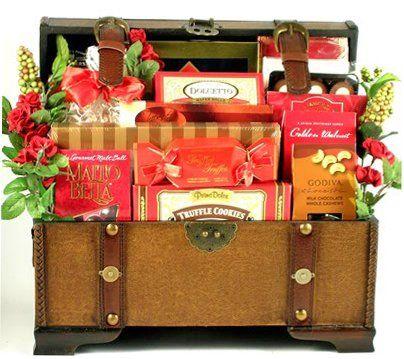 Hampton Series Valentines Day Gift Basket fo Men or Women