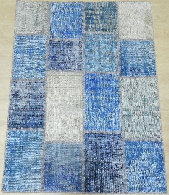 4x5.3 FT 120x160 cm Shades of Denim Blue Color by WeMakeRugs