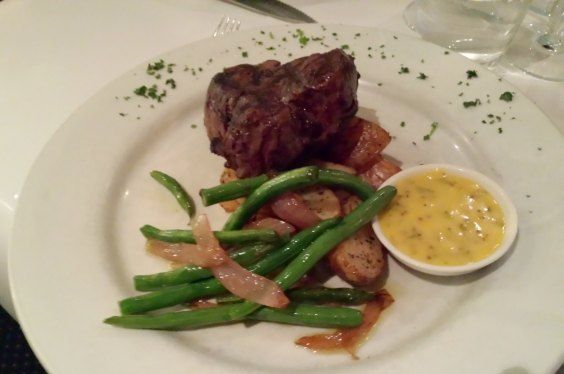 The new Spanish Grill Mildura Fillet Steak with delicious potatoes, green beans and bearnaise sauce. Mmmmm