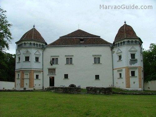 Pácin Mansion