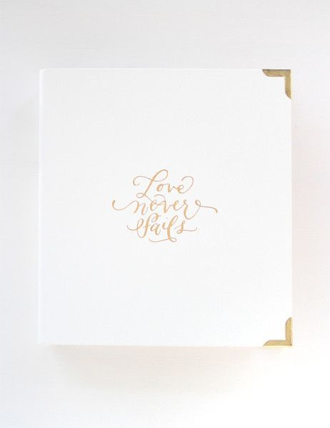 For a limited time, you'll receive our gold foil The South art print included in your wedding planner purchase! The much-anticipated Southern Weddings Planner is a collection of the best advice and re