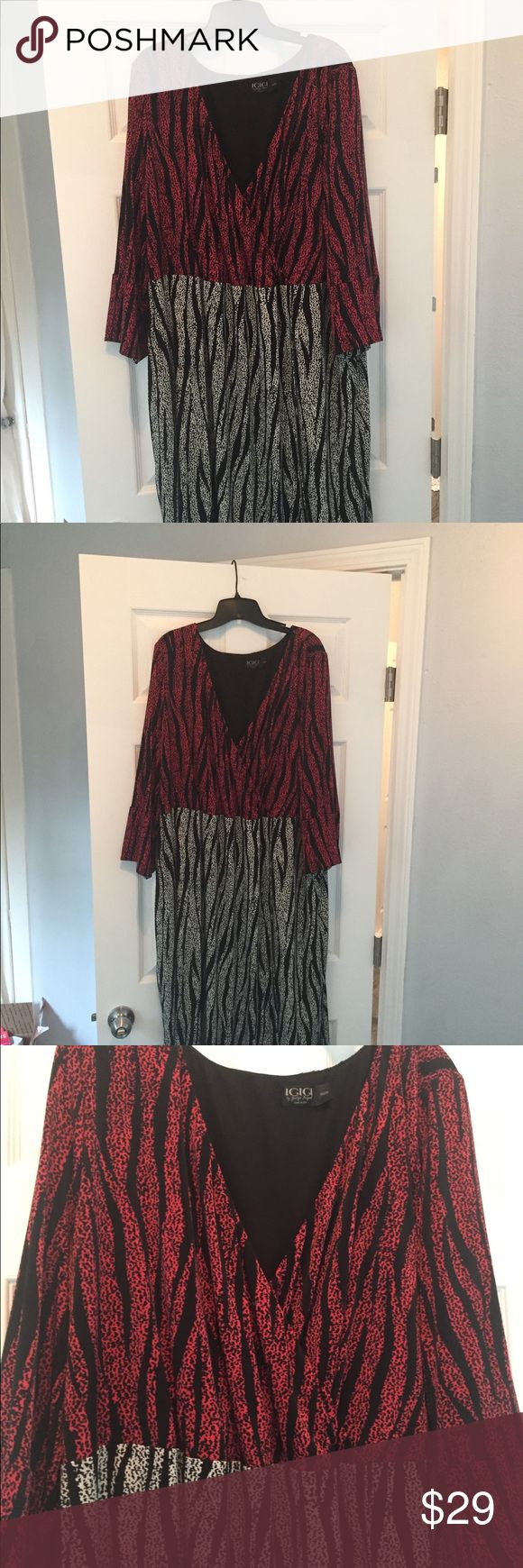 Igigi Red and Black Animal Print dress In EUC - very flattering. Tea length Igigi Dresses