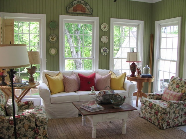cozy: Wall Colors, Living Rooms, Window, Sun Porches, Green Wall, Sunroom Ideas, Cottages, Savvy Southern Style, Families Rooms