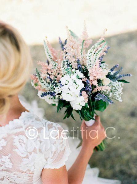 pretty bouquet  CJ: Nice bouquet, would just go for a more autumnal colour scheme