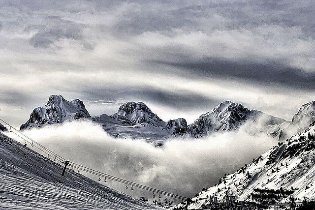 ¿Te gustaría descubrir cuáles son las principales estaciones de esquí en España para tus próximas vacaciones de invierno? ¡Pincha aquí!