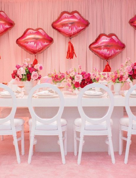 Pink and red party table | Holiday party ideas | Pink and Red Valentine's Day ...