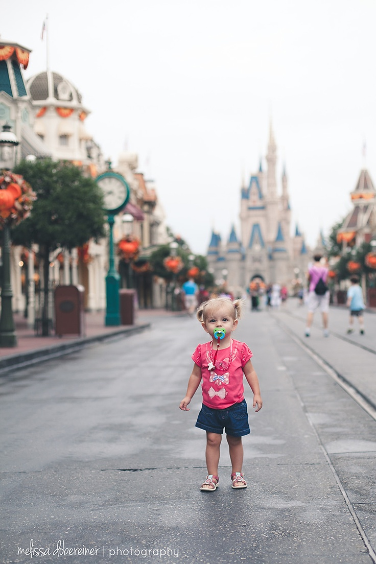 Tips for photographing in Disney World. Melissa Dobereiner Photography
