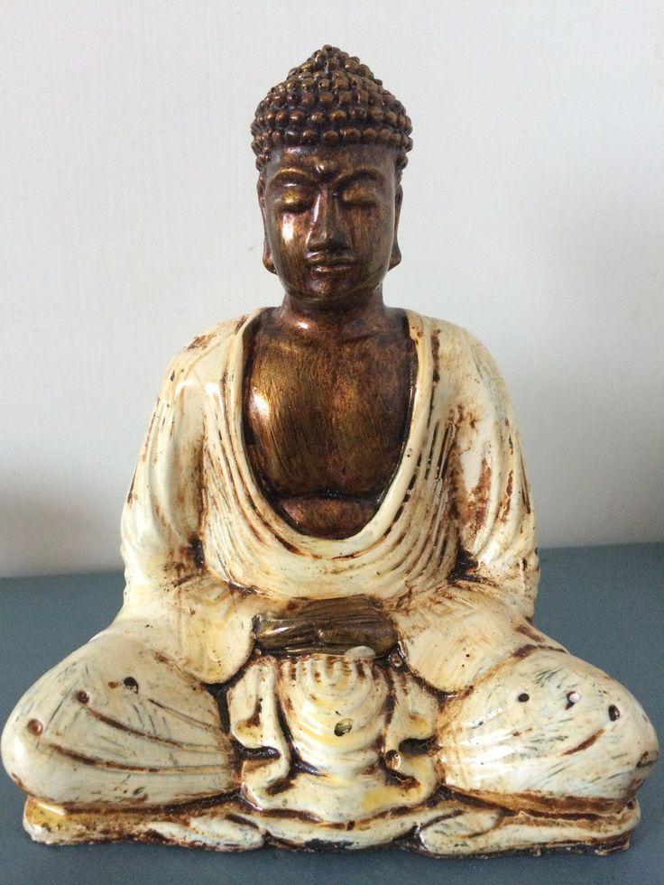 Buddha via Morfars lada.