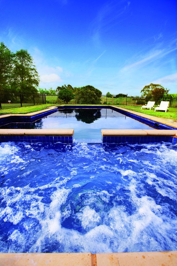 Spa/Outdoor Pool at Grange Macedon Ranges