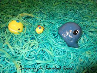 sea life spaghetti sensory play