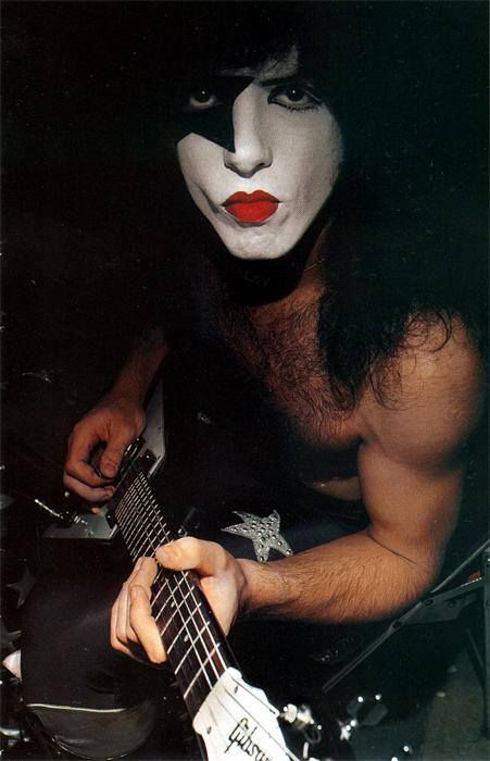 Epic Rights is Managing all Paul Stanley's Social Media for his Autobiography- Face the Music www.epicrights.com - xxDxx