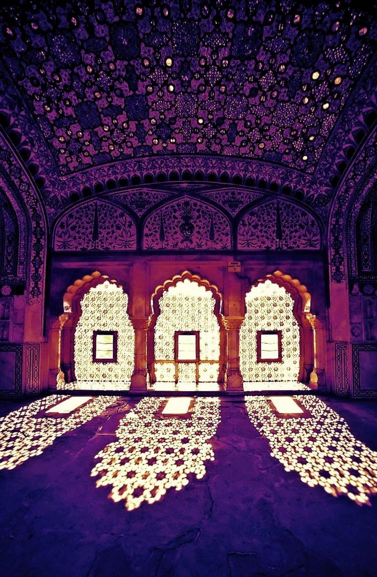 allasianflavours:  Purple India - Amer Palace, India on Pinterest