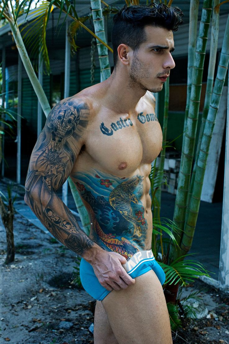 Great color!: De Castro, Tattoo Sleeve, Sleeve Tattoo, Colors Tattoo, Body Art, Castro Rubber, Body Tattoo, Muscle Hunks, Tattoo Ink