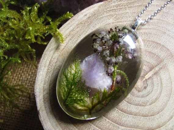 Collier améthyste, pendentif en cristal brut, résine de couleur violet améthyste collier, collier améthyste Terrarium, vert mousse Terrarium, cadeau pour les femmes
