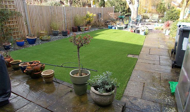 Quality artificial grass fitted in Maidstone for a retired couple  #artificialgrasskent #artificialgrassmaidstone
