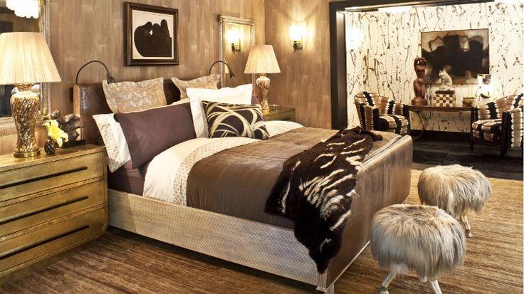 Evergreen master bedroom design inspiration by Kelly Wearstler   www.masterbedroomideas.eu #masterbedroom #masterbedroomdesgin #masterbedroomideas #bedroomdecor #bedroomideas #bedroomdesign #bedroominspiration