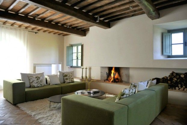 Country House With Contemporay Interior in the Tuscan Countryside - http://www.decorationarch.com/interior-design-ideas/country-house-with-contemporay-interior-in-the-tuscan-countryside.html