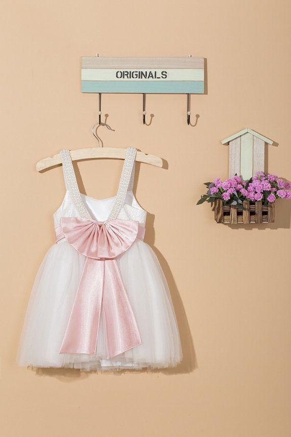 Lace flower girl dress/baby flower girl dress/white flower