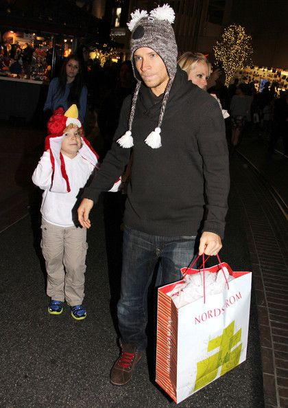 Brian Littrell Photos Photos - Backstreet Boy Brian Littrell shops for Christmas gifts at The Grove in Los Angeles with his wife Leighanne and their son Baylee. On Saturday Brian attended his bandmate A.J. McLean's wedding at the Beverly Hills Hotel. - Brian Littrell & Family Christmas Shopping At The Grove