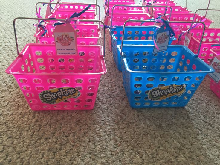 Shopkins party favor baskets.  Will add candy from pinata and Shopkins bracelets…