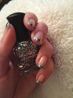 A glitter french manicure! What a great idea!Nails Nails, Nail Polish, Nails Art Ideas, Glitter French Manicures, Glitter Manicures, Beautiful, Sparkle Nails, Nails Polish, Art Glitter