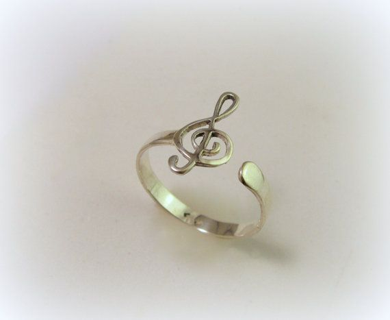 Silver treble clef ring / violin clef ring by Minicsiga on Etsy
