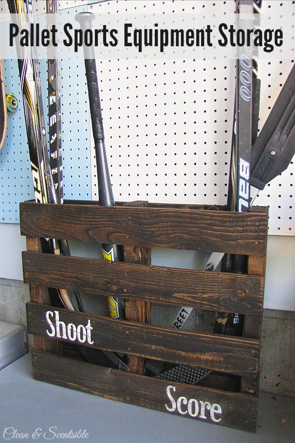 Super easy {and cheap} pallet sports equipment storage.