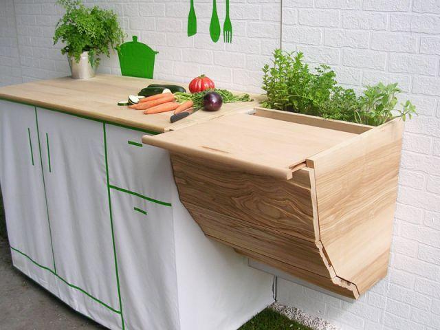 """""""Des micro-jardins pour de nouveaux paysages urbains"""", c'est le thème du Concours de l'Innovation de Jardins, Jardin 2012. Sept lauréats ont été désignés, parmi les professionnels et étudiants ... #maisonAPart"""