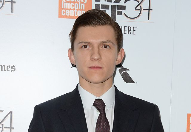 Tom Holland Joins Daisy Ridley in Chaos Walking Movie http://filmanons.besaba.com/tom-holland-joins-daisy-ridley-in-chaos-walking-movie/  Tom Holland joins Daisy Ridley in Chaos Walking movie According to The Hollywood Reporter, newly-minted Spider-Man actor Tom Holland (Captain America: Civil War, Spider-Man: Homecoming) is set to join Daisy Ridley (Star Wars: The Force Awakens, Star Wars: Episode VIII) in Lionsgate'sChaos Walkingmovie. Hollandwill play the male lead of Todd Hewlitt, a…
