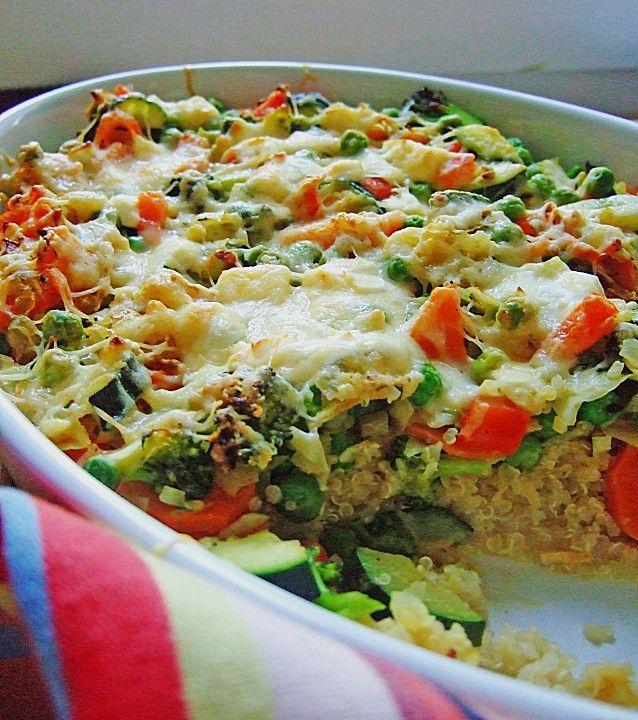 Quinoa - Gemüse - Auflauf, ein sehr schönes Rezept aus der Kategorie Gemüse. Bewertungen: 117. Durchschnitt: Ø 4,3.