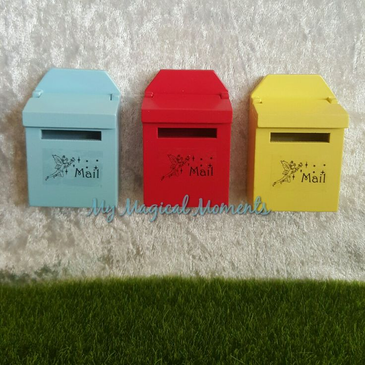 One way to make sure we still keep in touch with our Elf Friends is to send them a letter The Elf mailbox is a great way to keep in contact with our magical friends They come in either Blue Red or YellowEach mailbox measures approximately 70mm h x 20mm d x 45mm w Not suitable for children under age 3 due to