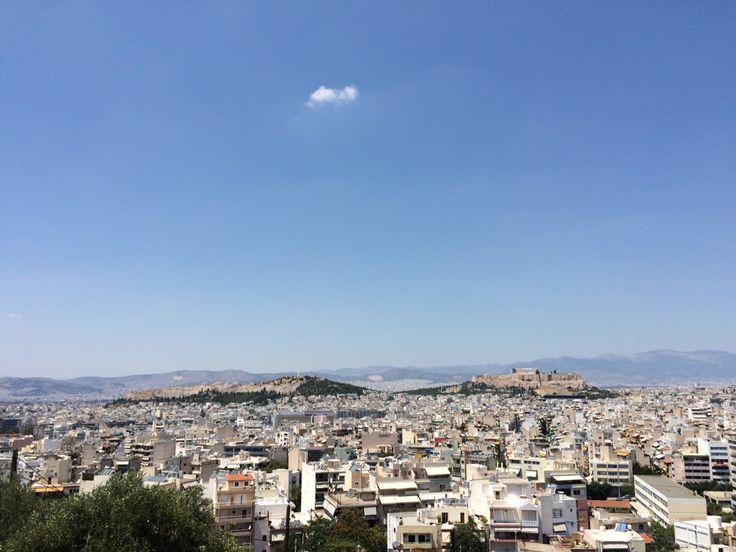 Η θέα από τον λοφίσκο του Αγ. Γεωργίου, ανάμεσα σε Αγ. Ιωάννη και Νέο Κόσμο. Δεν της το 'χα... #Athens #urban #city #panorama #Greece #summer #view