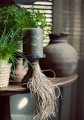 Decoratiekwast DIY | doe het zelf  Het is altijd handig om henneptouw in huis te hebben. Kijk maar eens naar deze makkelijke decoratie! www.twoonhuis.nl