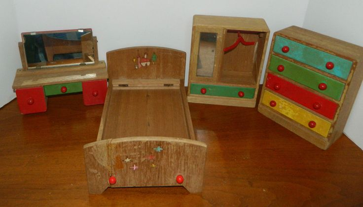 CUTE Vtg 1950s Made in Japan Natural & Painted Wooden Dollhouse Bedroom Complete | eBay