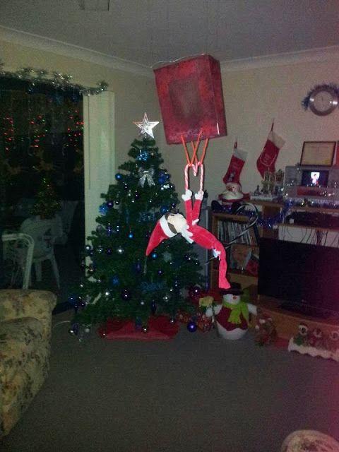 Elfie Goes Hang Gliding! http://elfiejasinski.blogspot.com.au/ #ElfOnTheShelfIdeas #ElfieJasinski #KidsChristmasTradition #Creative #HangGliding