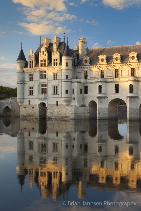 Chateau Chenonceau and River Cher, Indre-et-Loire, Centre France. © Brian Jannsen Photography