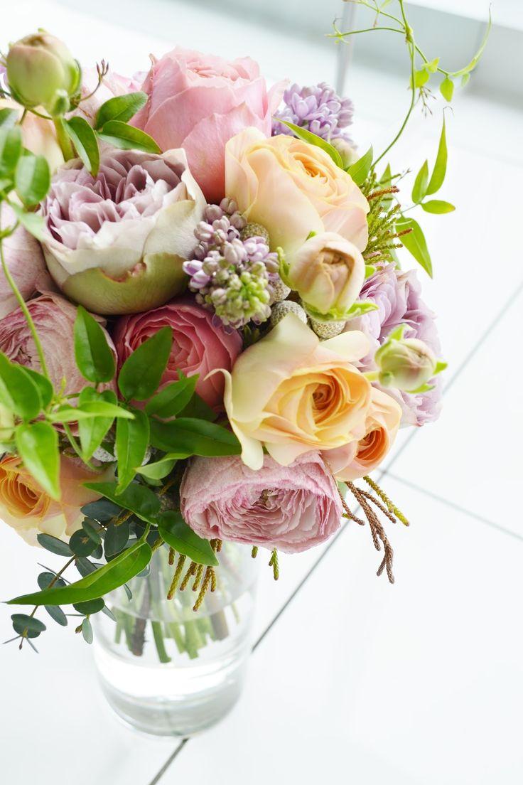 #vressetRose #Wedding #girlychic#smokypink #bouquet #clutcfbouquet #natural#Flower #Bridal #ブレスエットロゼ #ウエディング#ピンク #スモーキーピンク #ブーケ #カラーブーケ #ガーリー#ラウンドブーケ#バラ#花 #ブライダル#結婚準備#結婚式