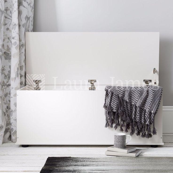 White Ottoman Storage Box Trunk Chest with lid also in Black Beech. 25 best  ideas - Bathroom Ottoman Storage - ToBuyPropertyinSpain.com